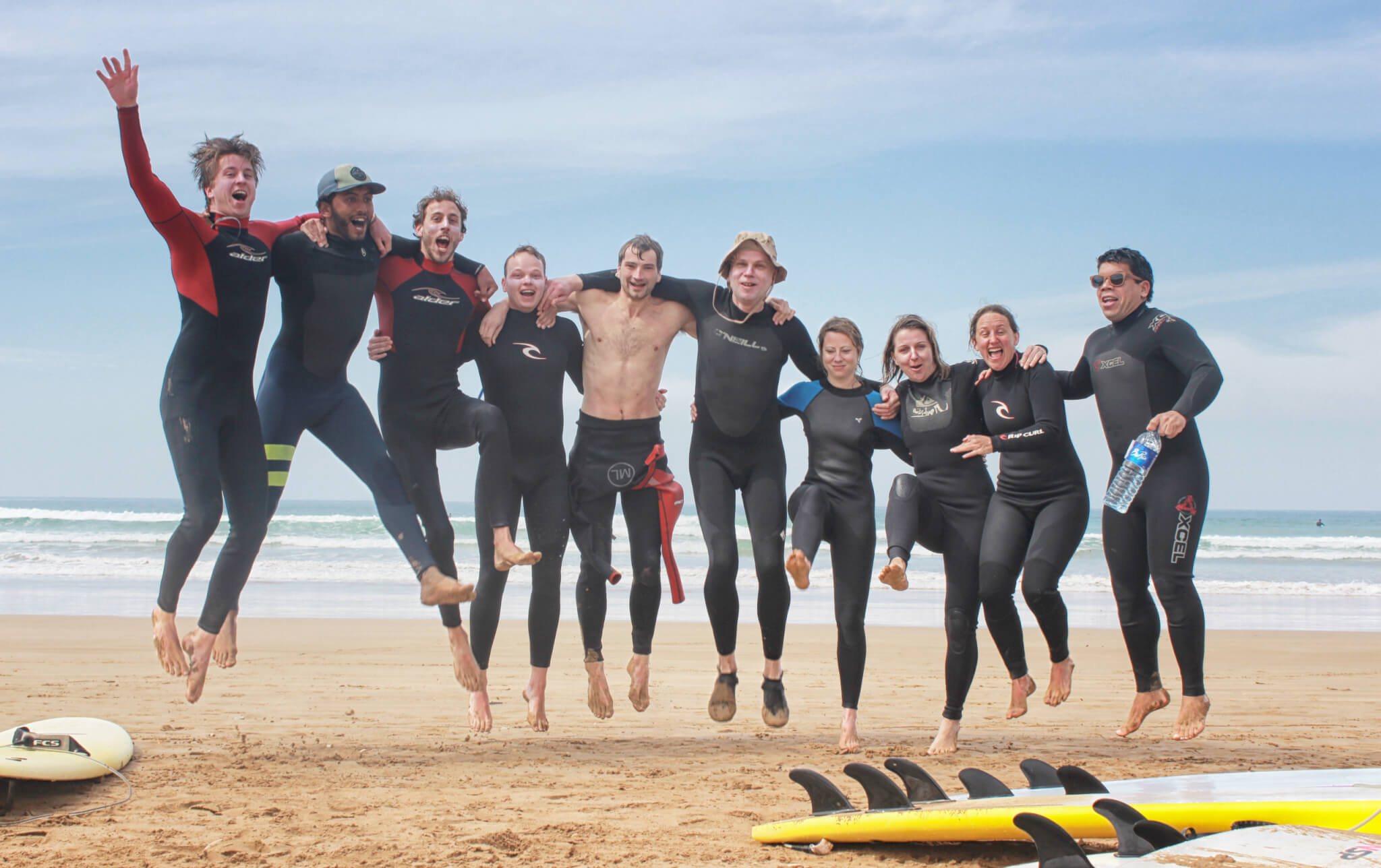 Solid Surfhouse - Morocco - group - friends - fun - surfclass