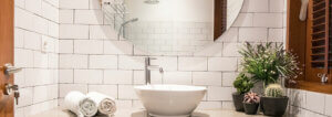 Solid Surf House - Boat Charter - Ikan Terbang - bathroom - luxury