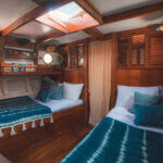 Solid Surf house - Ikan Terbang - boat charter - beds