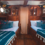 Solid Surf house - Ikan Terbang - boat charter - room