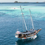 Solid Surf house - Ikan Terbang - surf boat charter - Komodo Islands