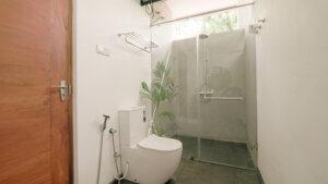 Твердый дом серфинга Шри-Ланка Общий номер Частная ванная комната
